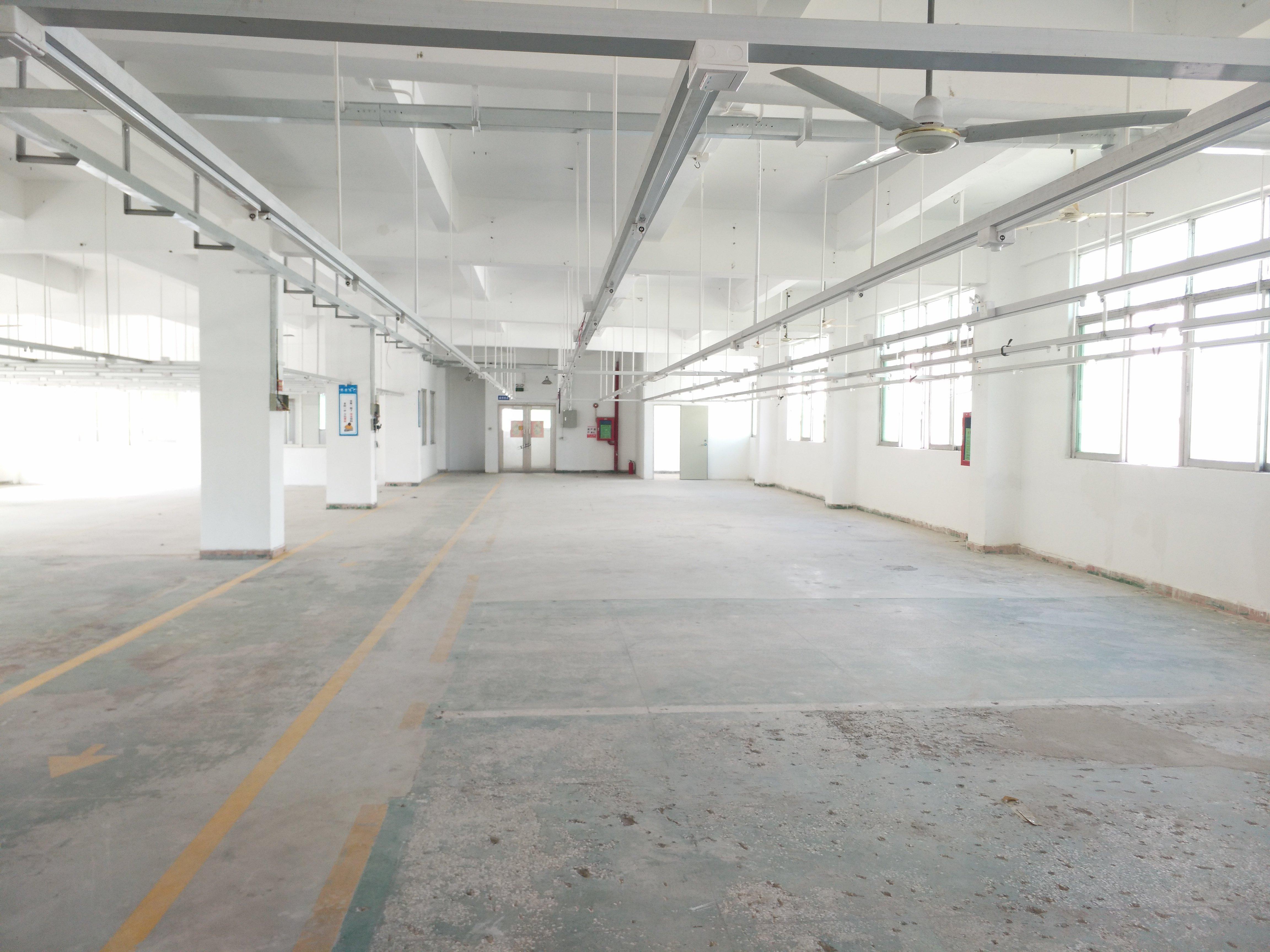 西乡固戍原房东厂房850实际面积出租