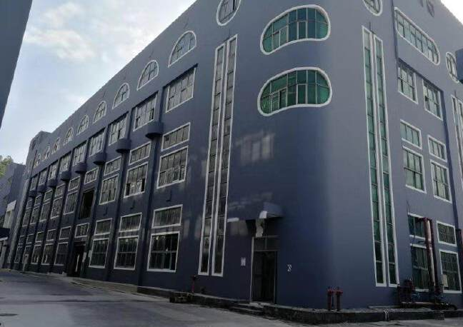 观澜地铁口红本厂房1-4层9800平方价格26块,一二楼6米