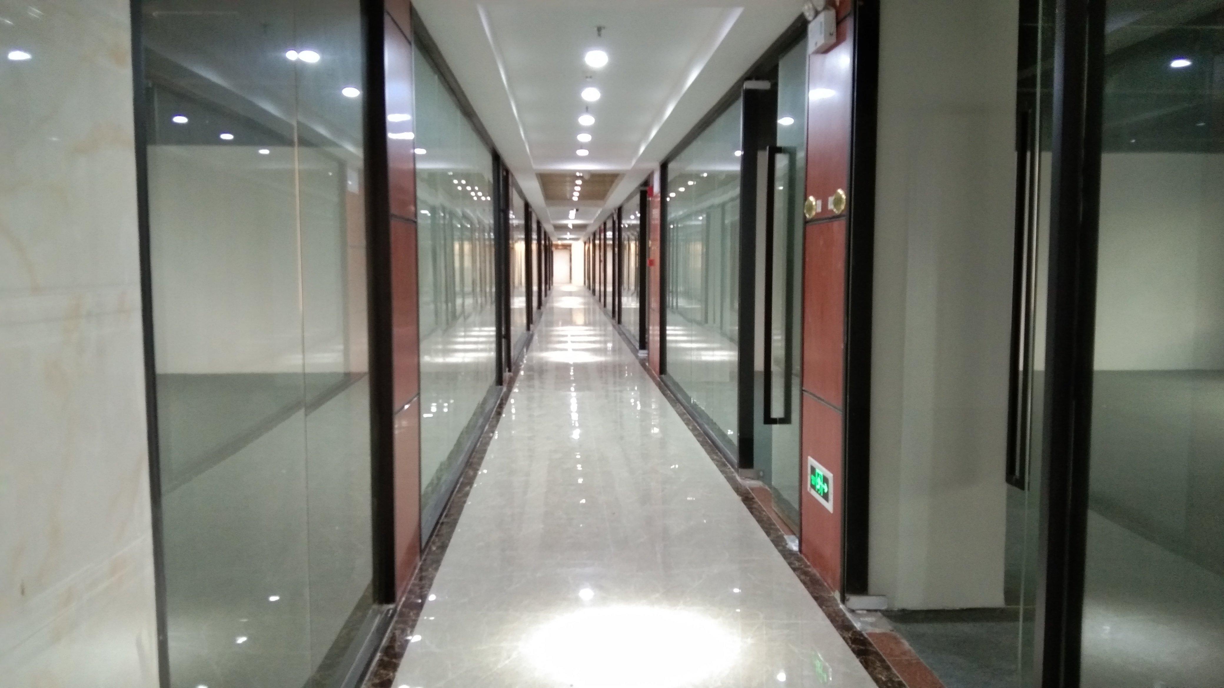 出租丨西乡小面积100平500平2000平带装修实墙可过消防