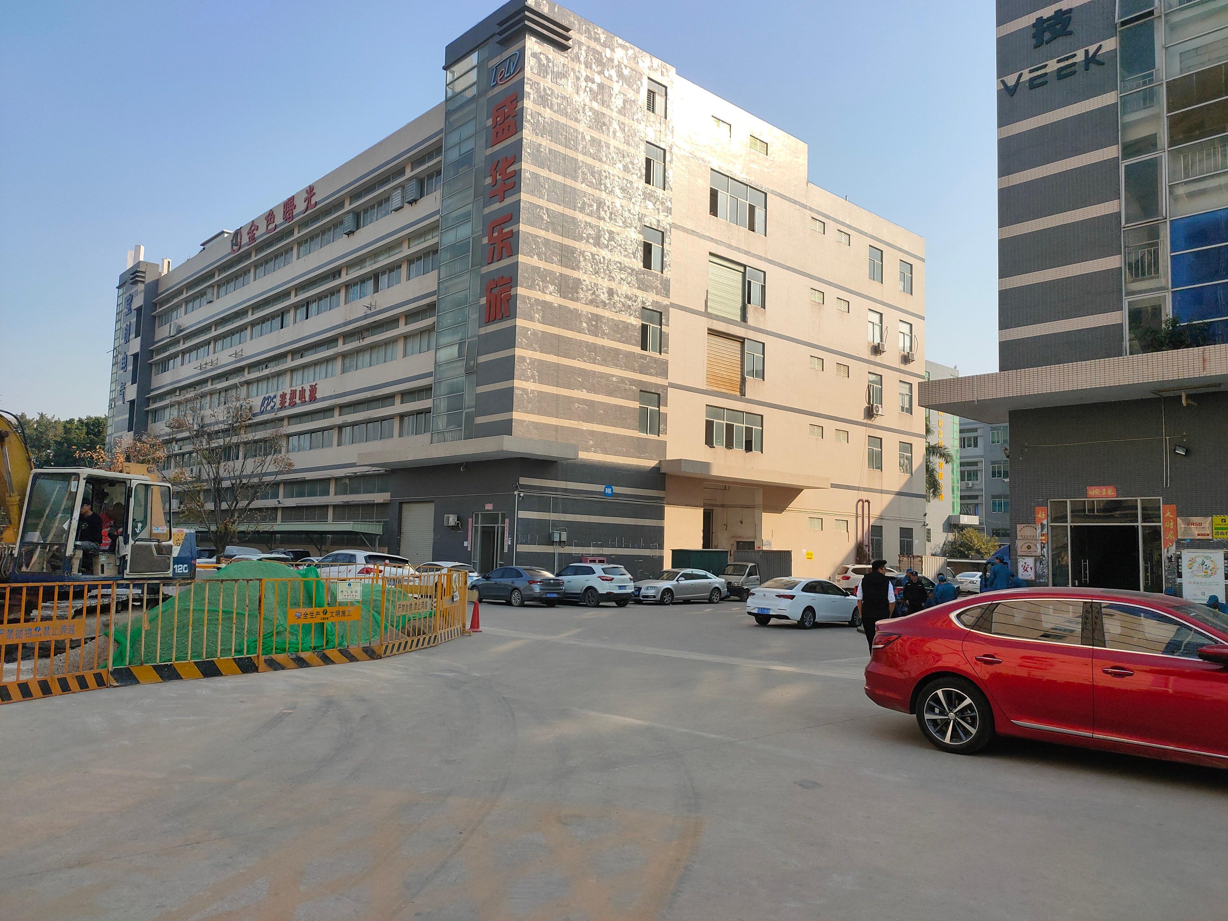 沙井松福大道大型工业园3楼700平方厂房