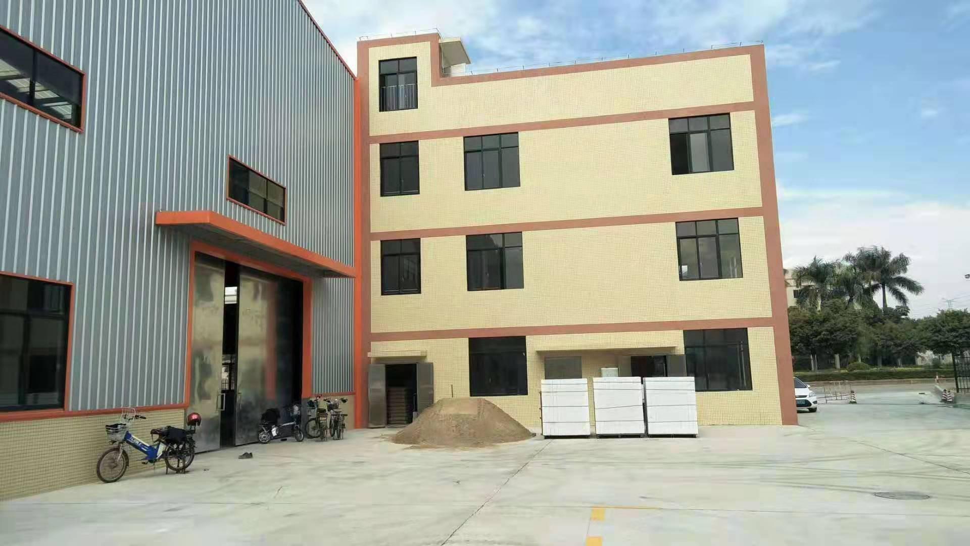 佛山市三水区乐平镇工业区,独门独院12000方厂房出租。