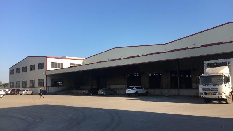 布吉物流园新出5000平原房东带卸货平台标准一楼厂房出租