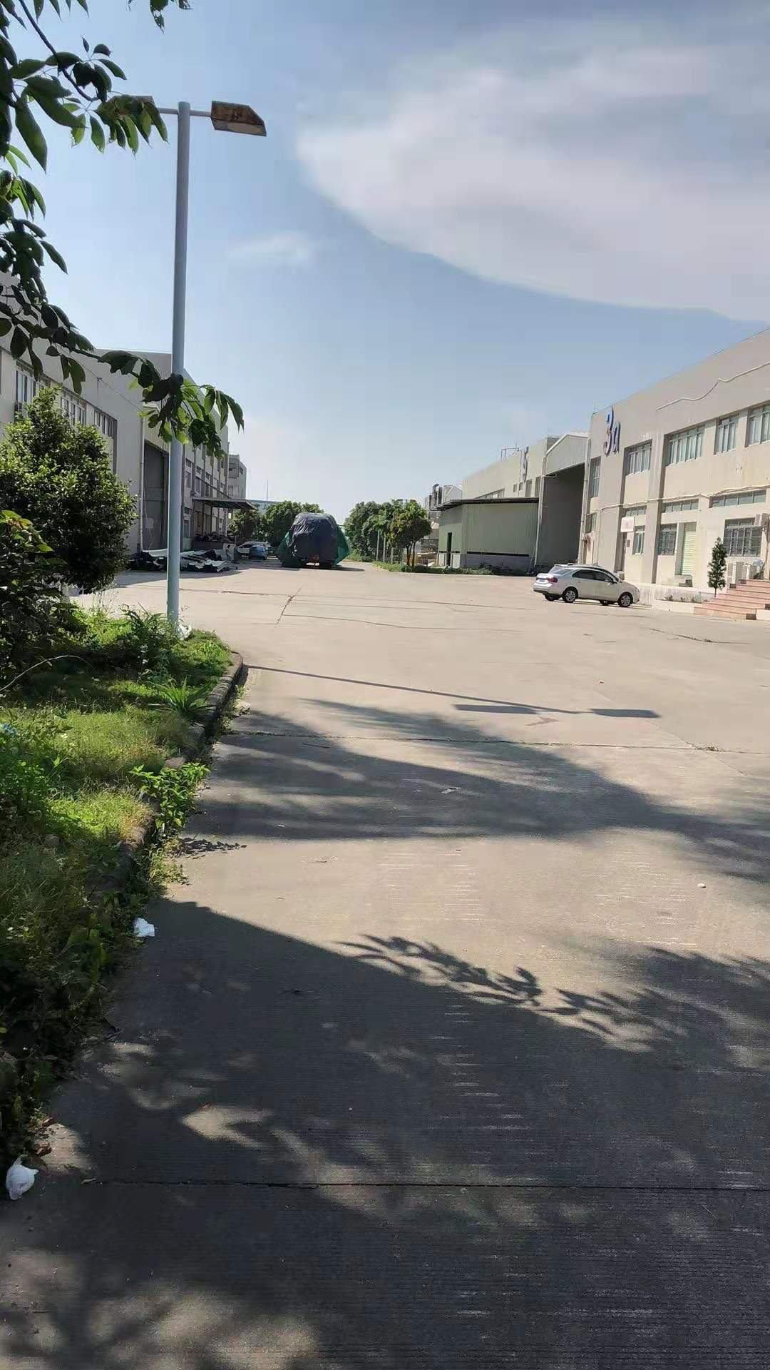 本人江门18000平方,有现成的洗水漂染牌照厂房出租
