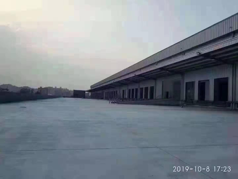 坪山新出物流仓库带卸货平台,7000平方,可以大小分租高速口