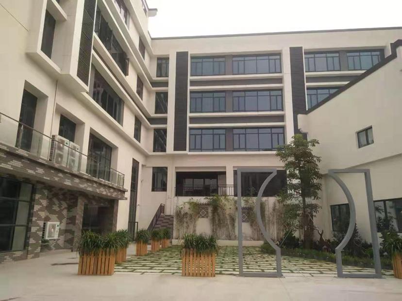 经典小独院厂房仓库出租总面积3800平方,合同15年