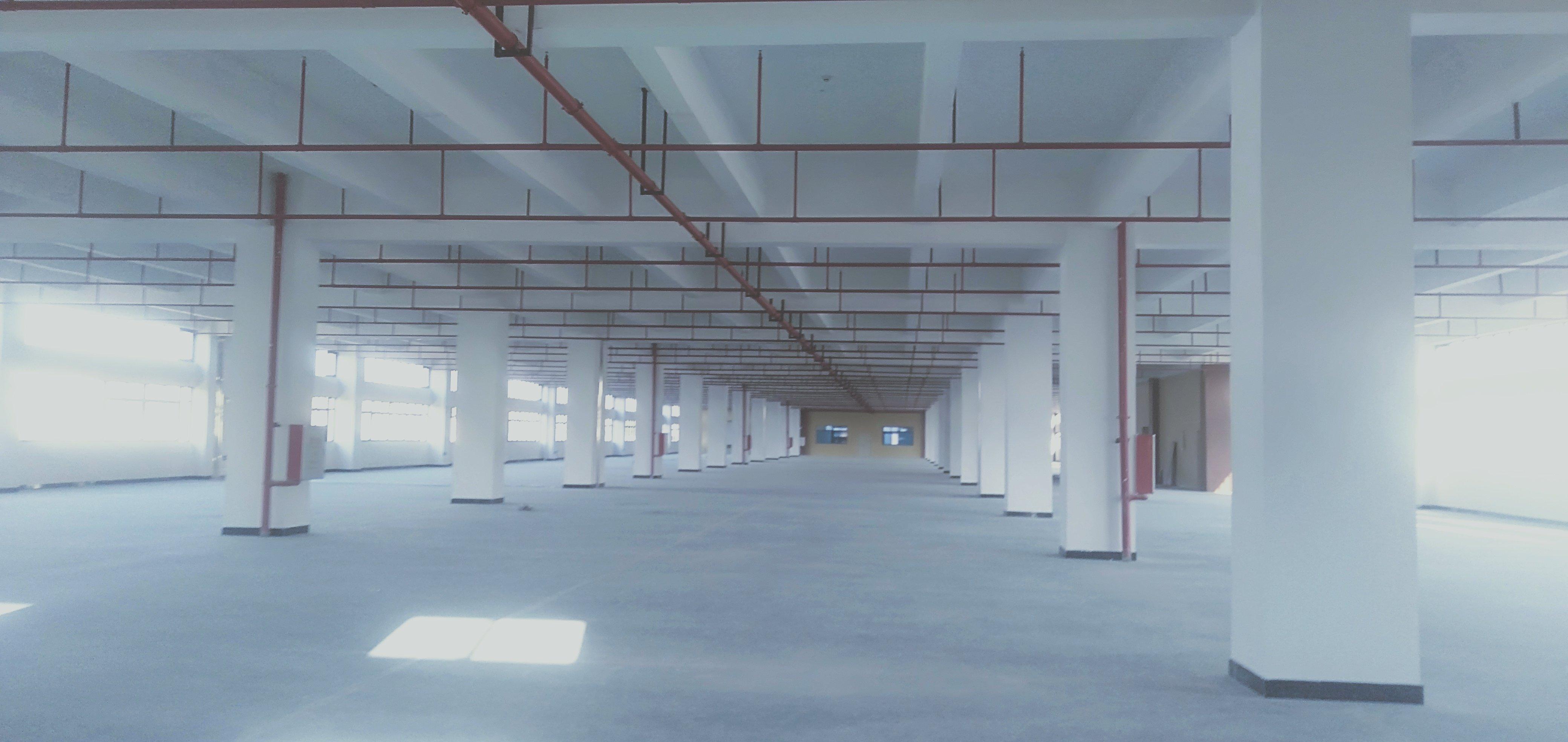 龙岗新出9000平独院标准厂房低价出租空地超大可办环评