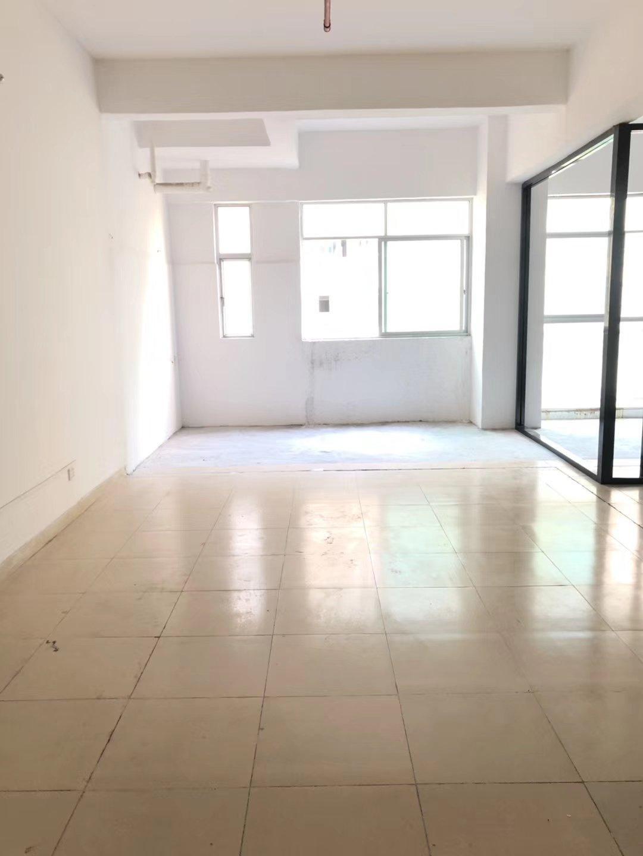 龙华区清湖精品小面积厂房出租非常适合办公仓库