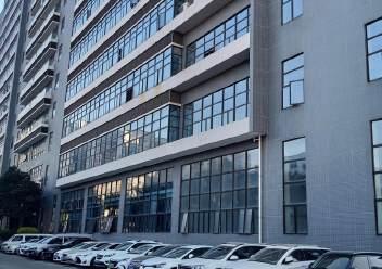 福永大洋田楼上1600平米豪华装修厂房免费用,无转让费图片6
