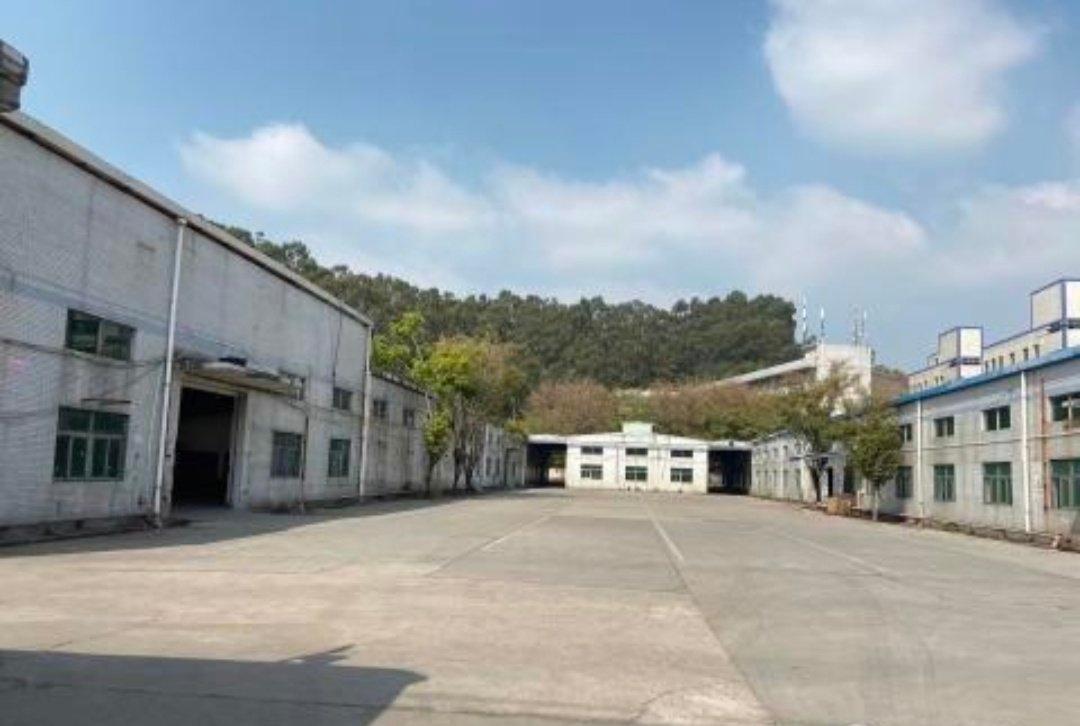 观兰黎光附近一楼厂房仓库17800平米23元可分租