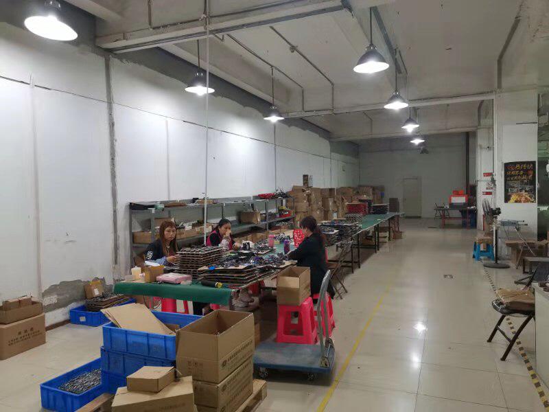 龙华新出一楼带卸货平台仓库出租850平面积出租