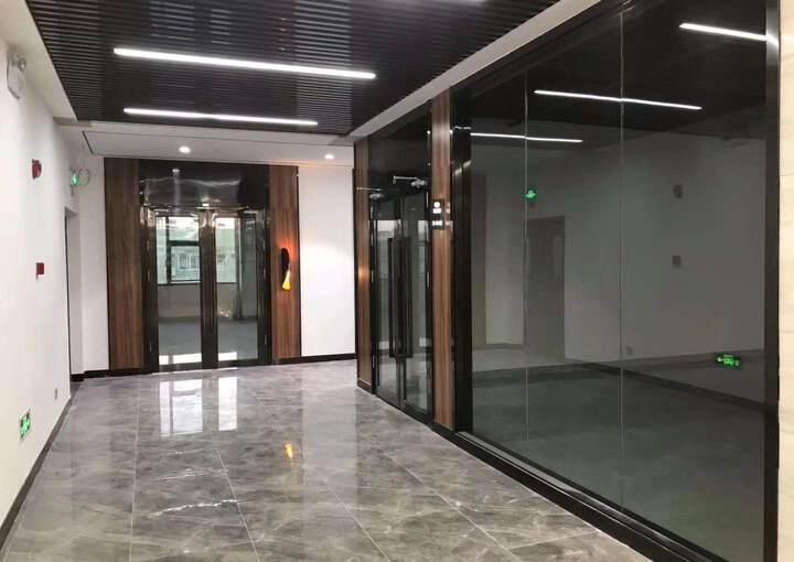 坂田甲级写字楼开发商直租实用率75,免租期60天,100平起图片2