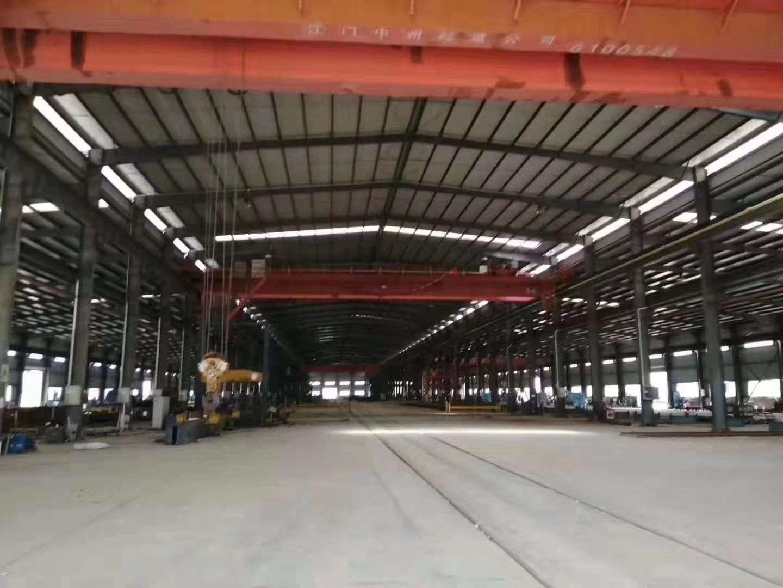 布吉秀峰吉华路主干道边新出8米高钢结构仓库10000可分租
