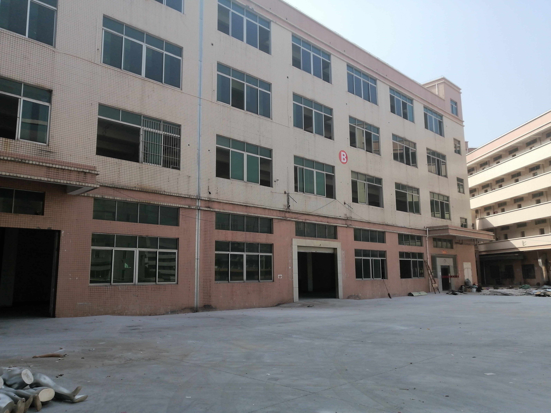 平湖华南城地铁口附近食品工业园厂房仓库3300平米出租可分租