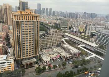 平湖商业区精装修写字楼236平方招租户型方正图片2