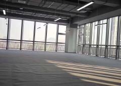 龙田高速出口230平米写字楼出租(可分租)