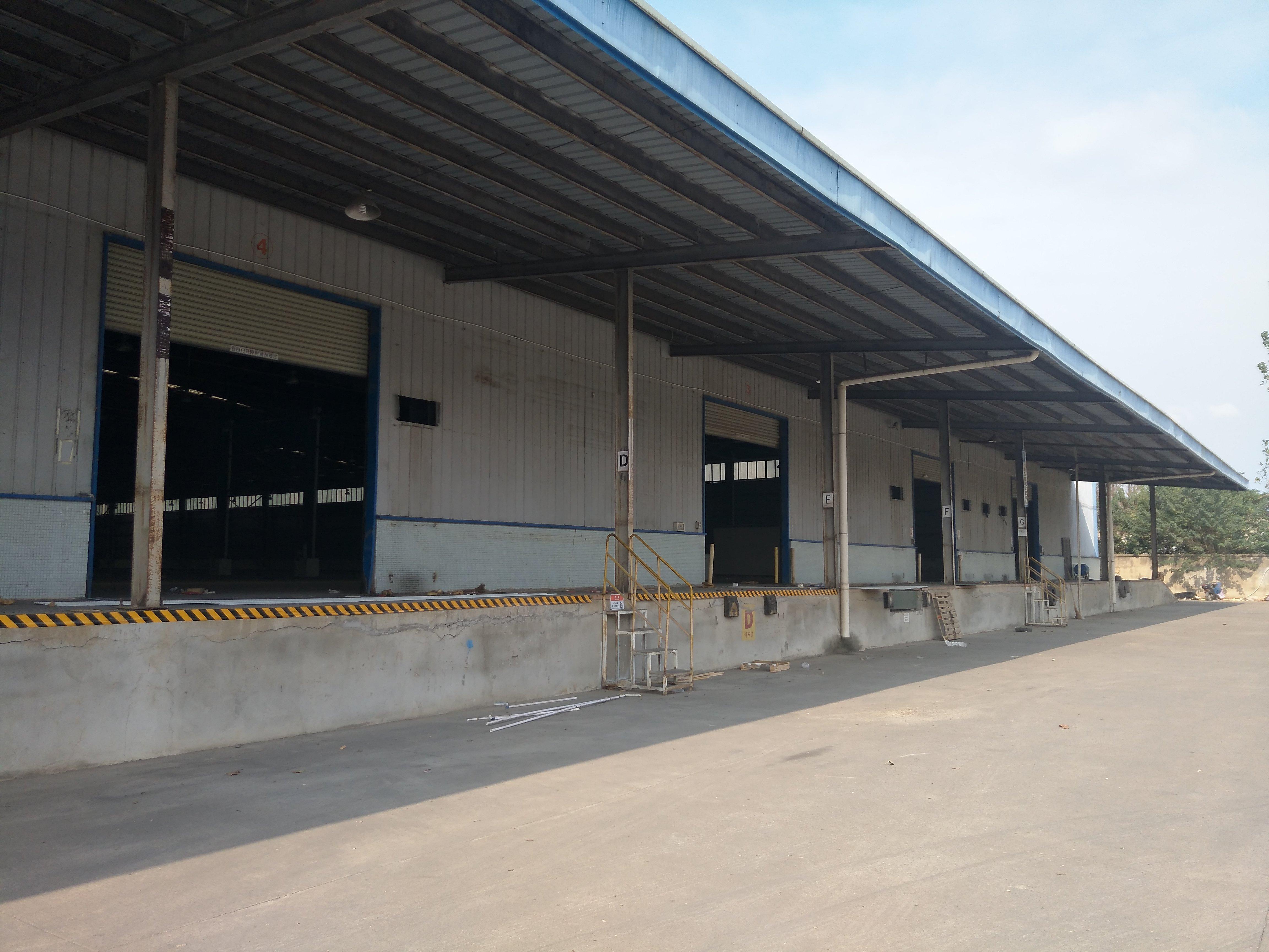 东西湖仓库11000平米高台4000入库7000配套齐全