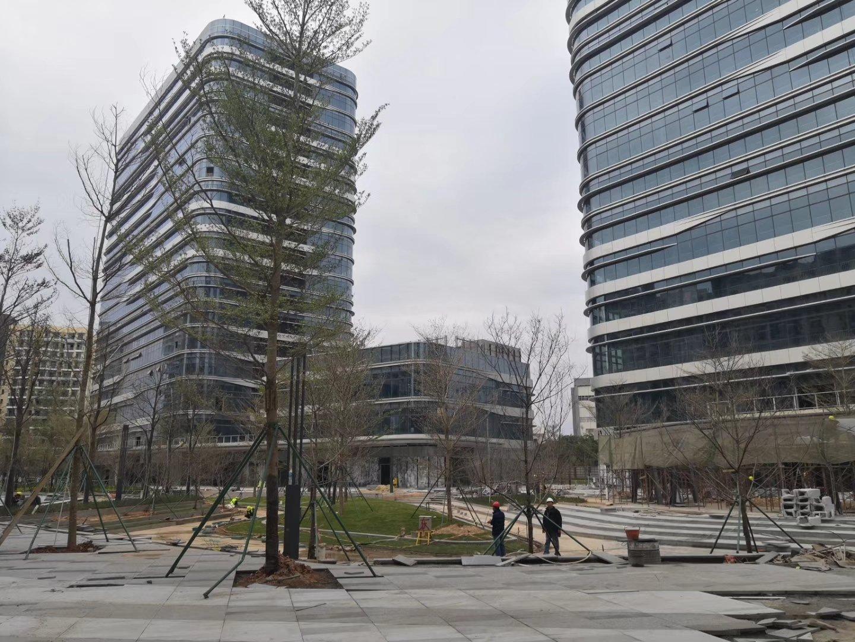 光明中心区办公研发厂房出租,带红本大小面积可分割,可做酒店