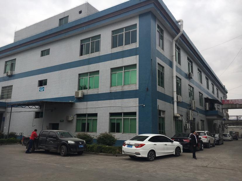 惠城区二楼现成装修1300平出租