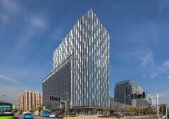 南京南站6.6米挑高loft创意办公