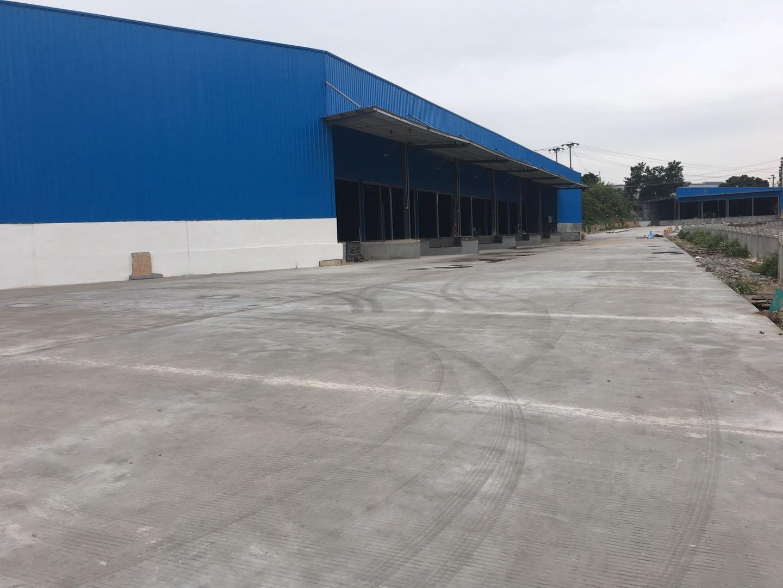 平湖白泥坑附近一楼钢构厂房仓库7000平米出租带卸货平台