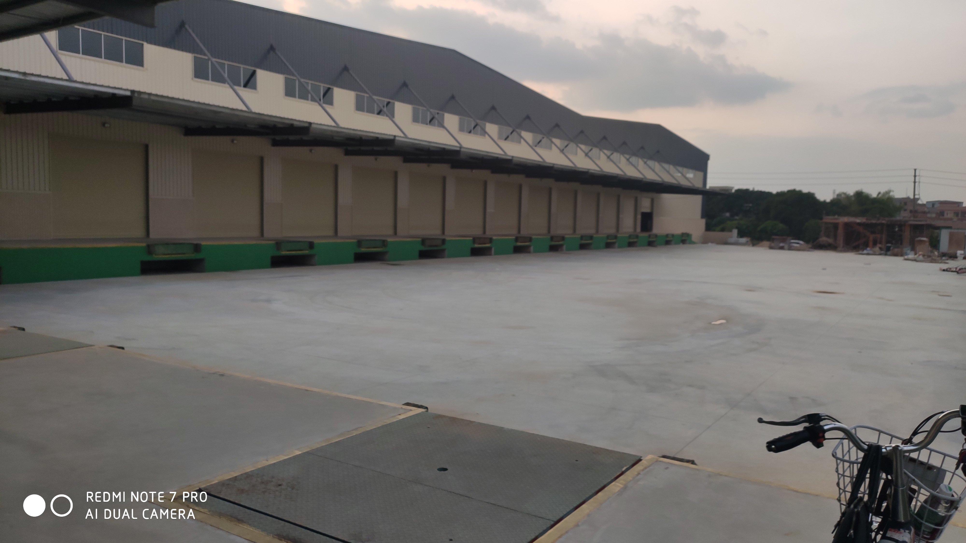 寮步镇新出物流仓库17500平方12米高原房东