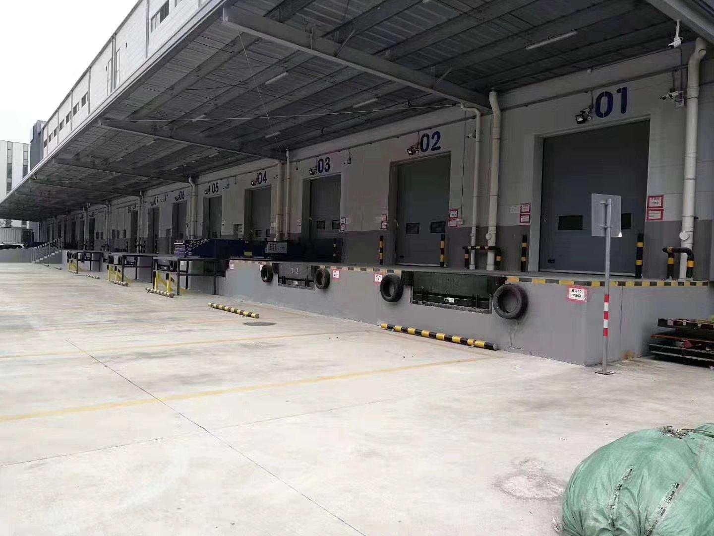 公明高速出口新出物流仓库58800平米厂房招租