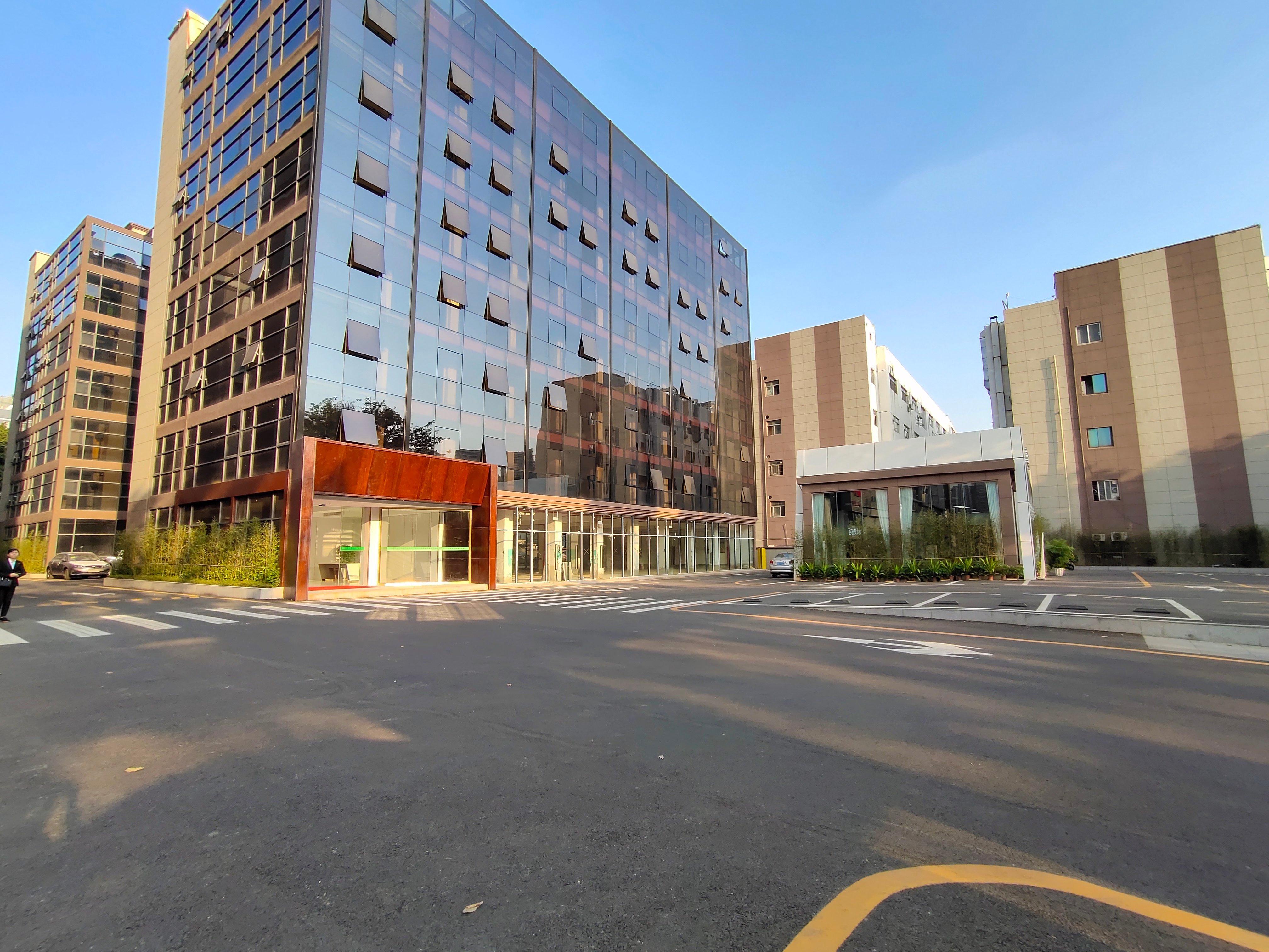 西乡107国道大湾区产业园260平精装办公室出租