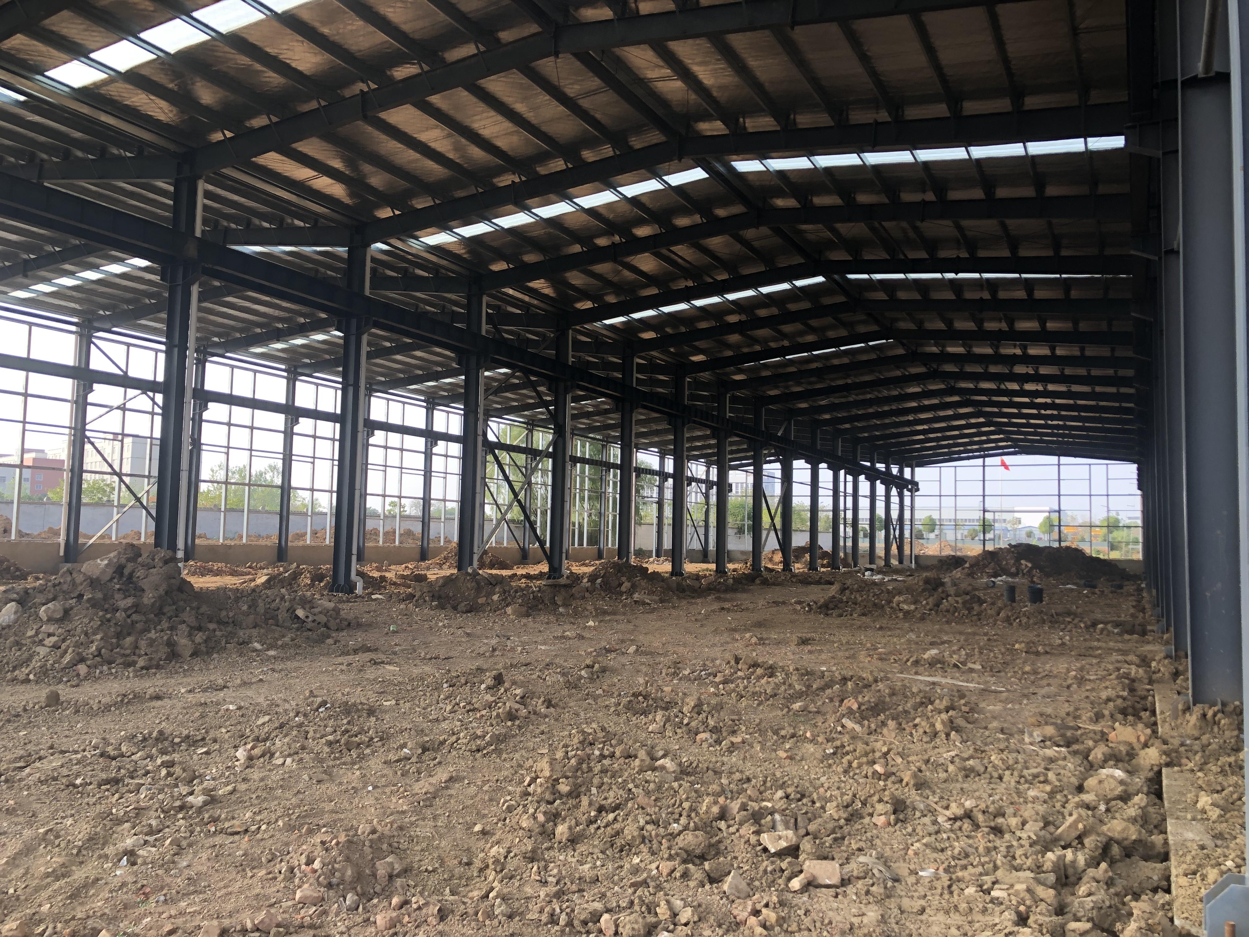 黄陂前川工业园区域唯一可分割办证钢构厂房,可装10吨行吊