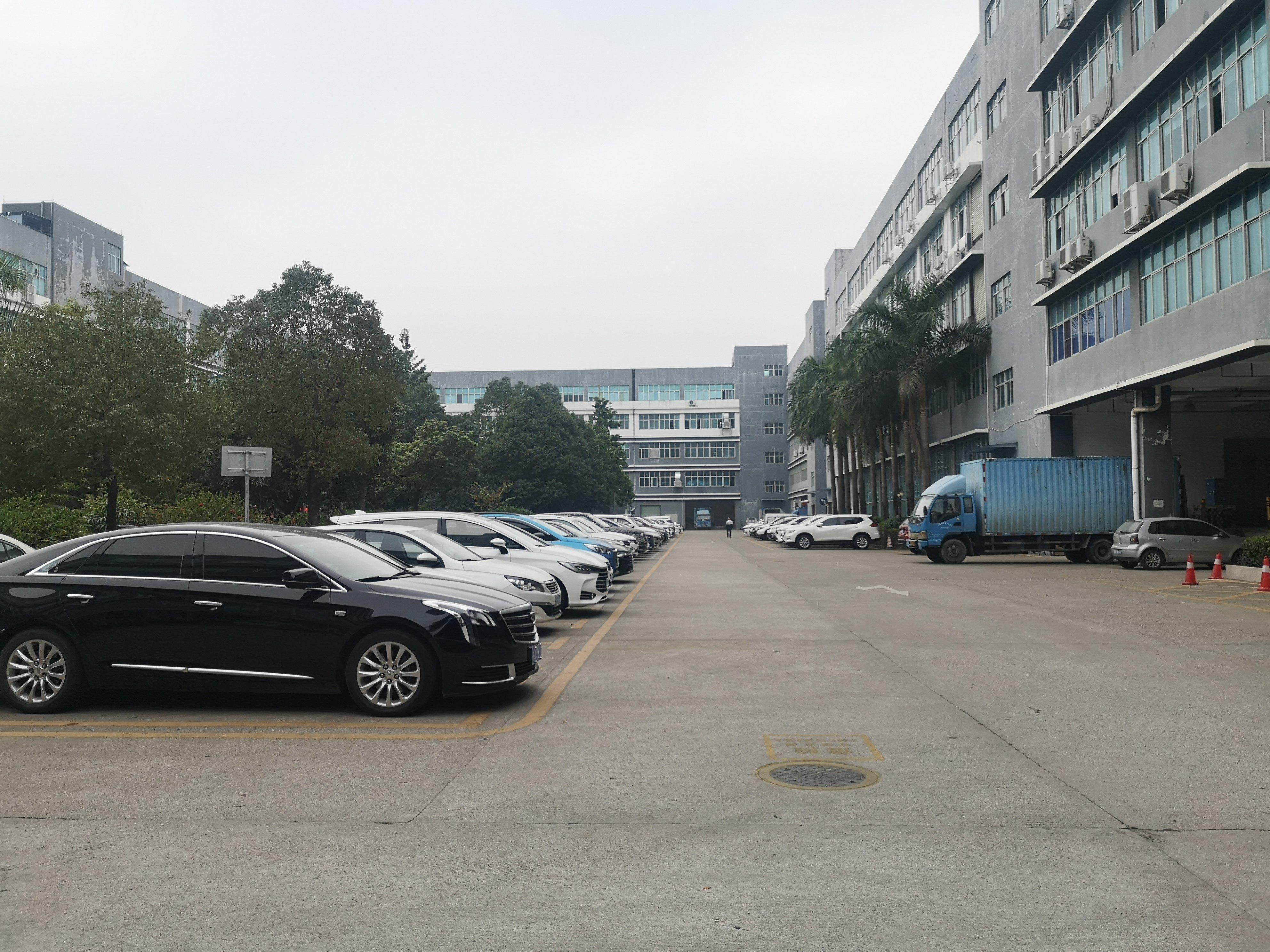 坪山新出原房东红本仓库厂房3200平可分租,带卸货平台