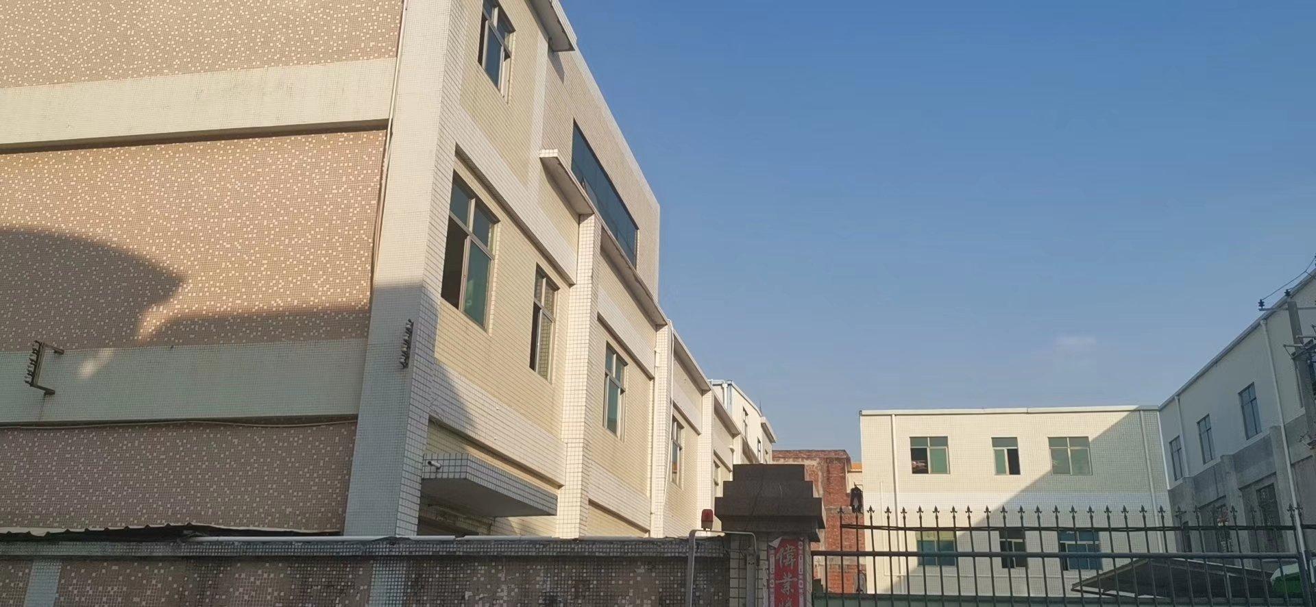 凤岗镇占地6500m',建筑8000m'厂房出售