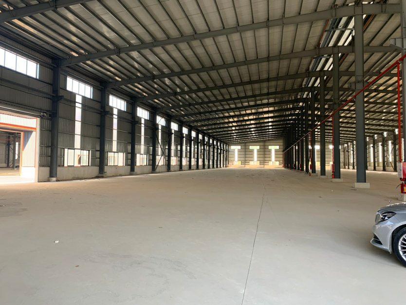 海珠带牛角为滴水12米单一层3600方厂房仓库