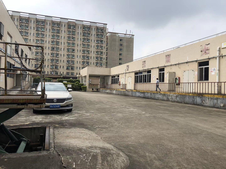 坪山大工业区稀缺红本小独院,厂房1-2层总面积3300平方