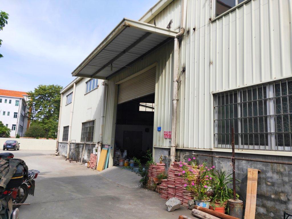 万江新和港口大道边出租独栋钢构厂房,可做小加工仓库,有装修!