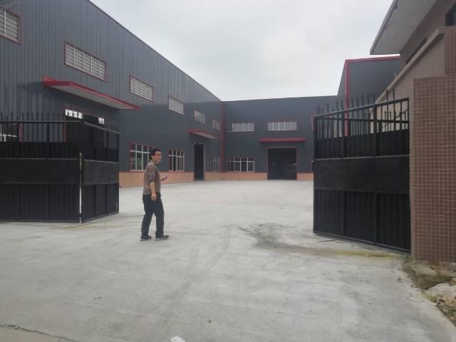 大路边独院钢构4000平方出售