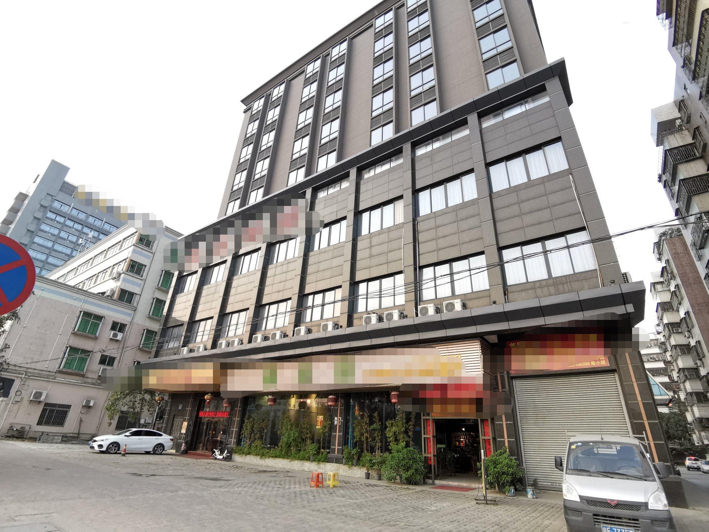 高明区荷城街道商业大楼出租,可做办公、培训、写字楼、网咖。