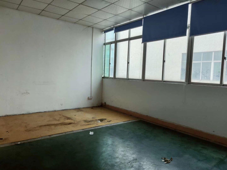 西乡固戍地铁站附近新出厂房仓库可分租