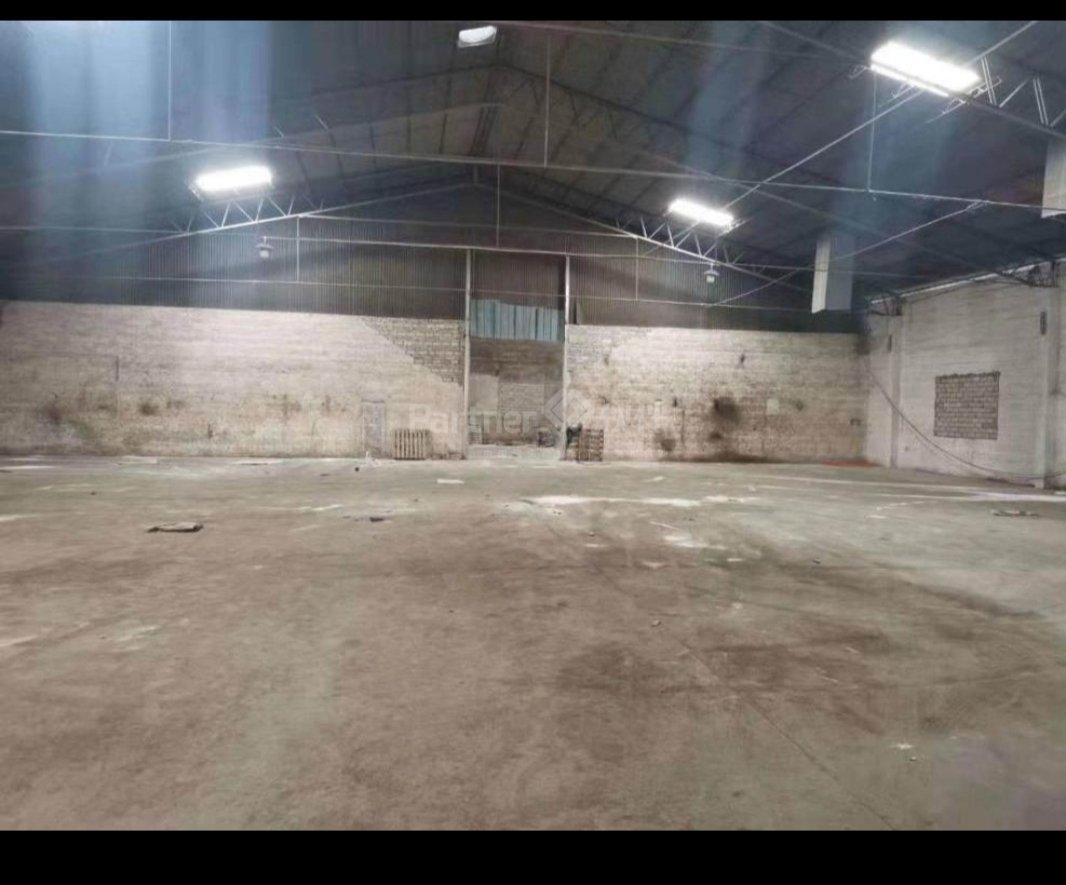 勒流便宜仓库出租。百丈工业区独立单一层约1100方,适合仓库