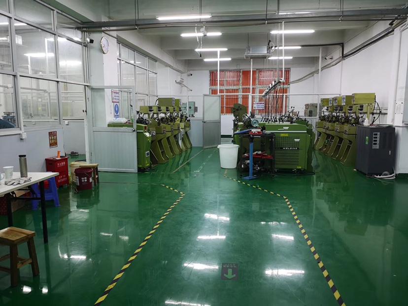 坪山高斯特工业区2楼1000平米精装修厂房出租,可办环评