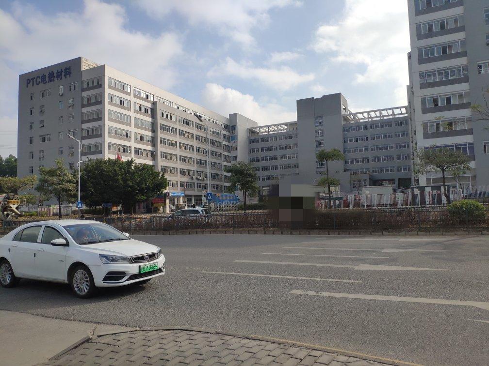 观澜原房东40000平红本厂房出售