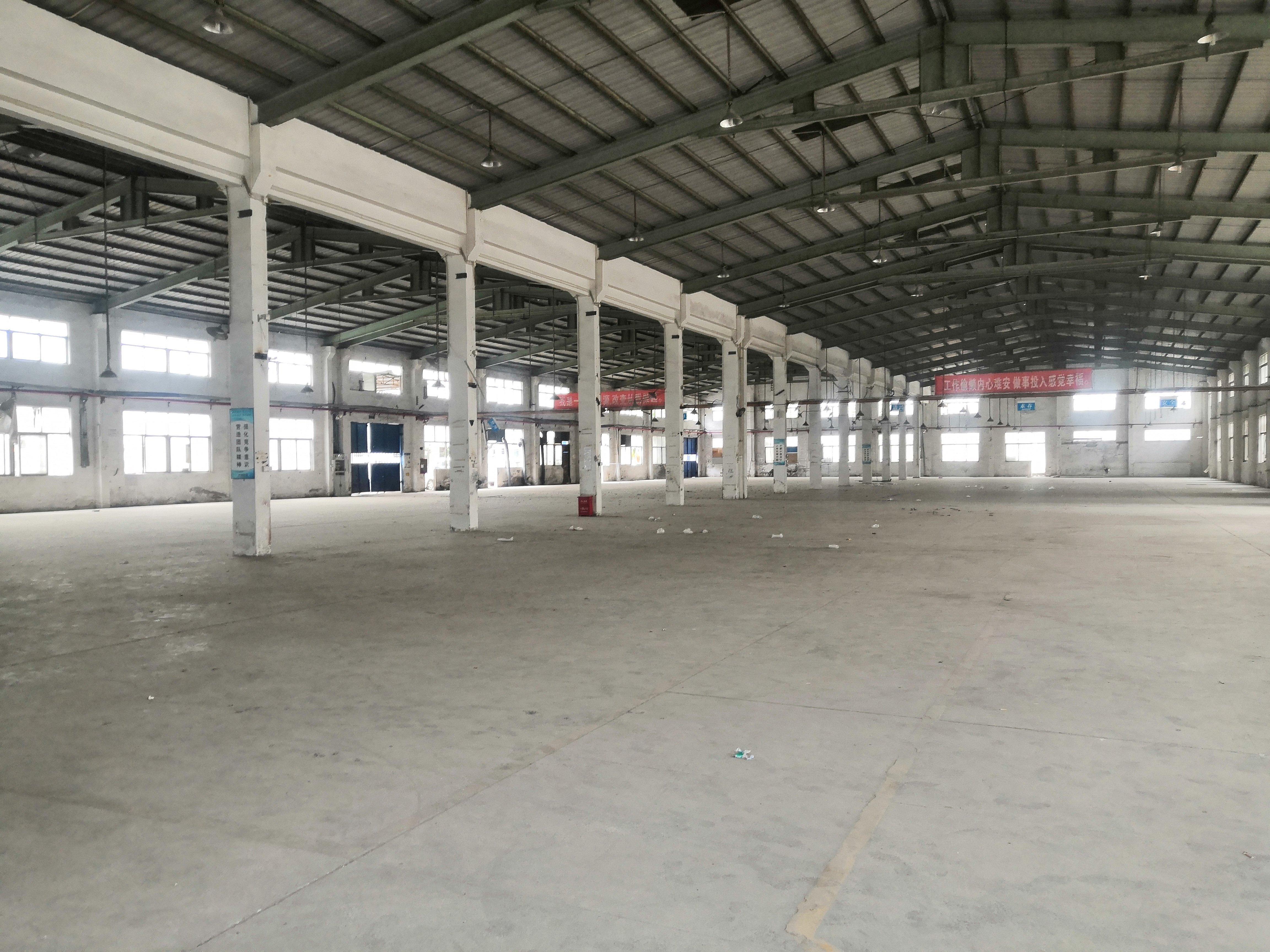 沙井新桥高速出口旁5000平米钢构仓库出租