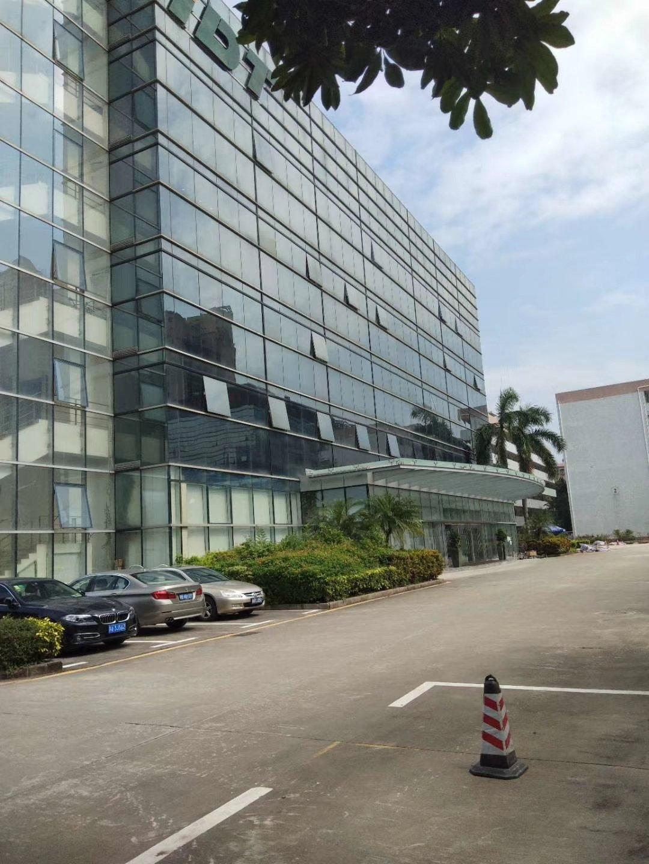 西乡臣田107国道大型工业园内新出楼上2600平米厂房出租