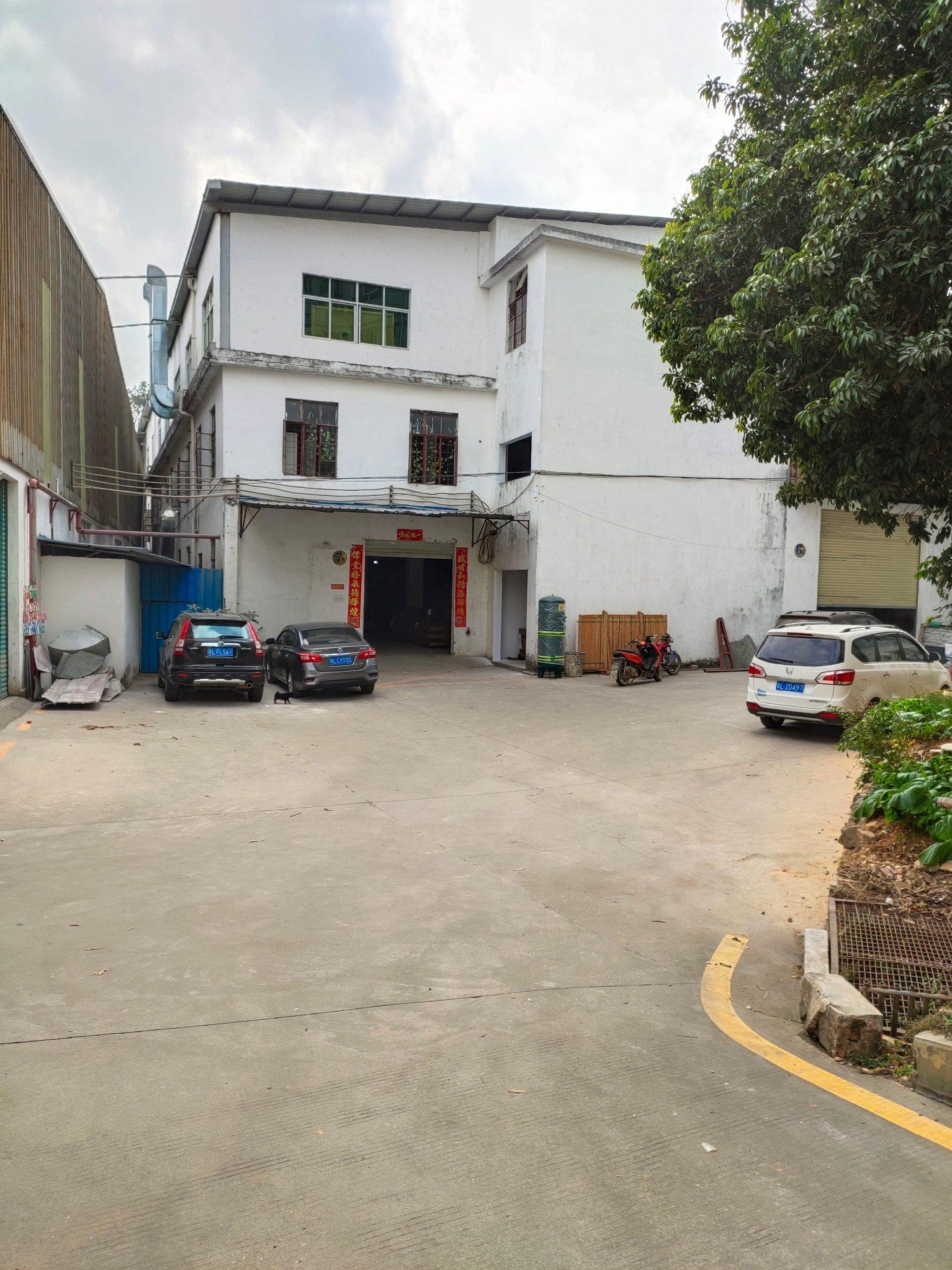 惠阳新圩镇原房东独栋标准厂房二楼800平方,现成办公室,