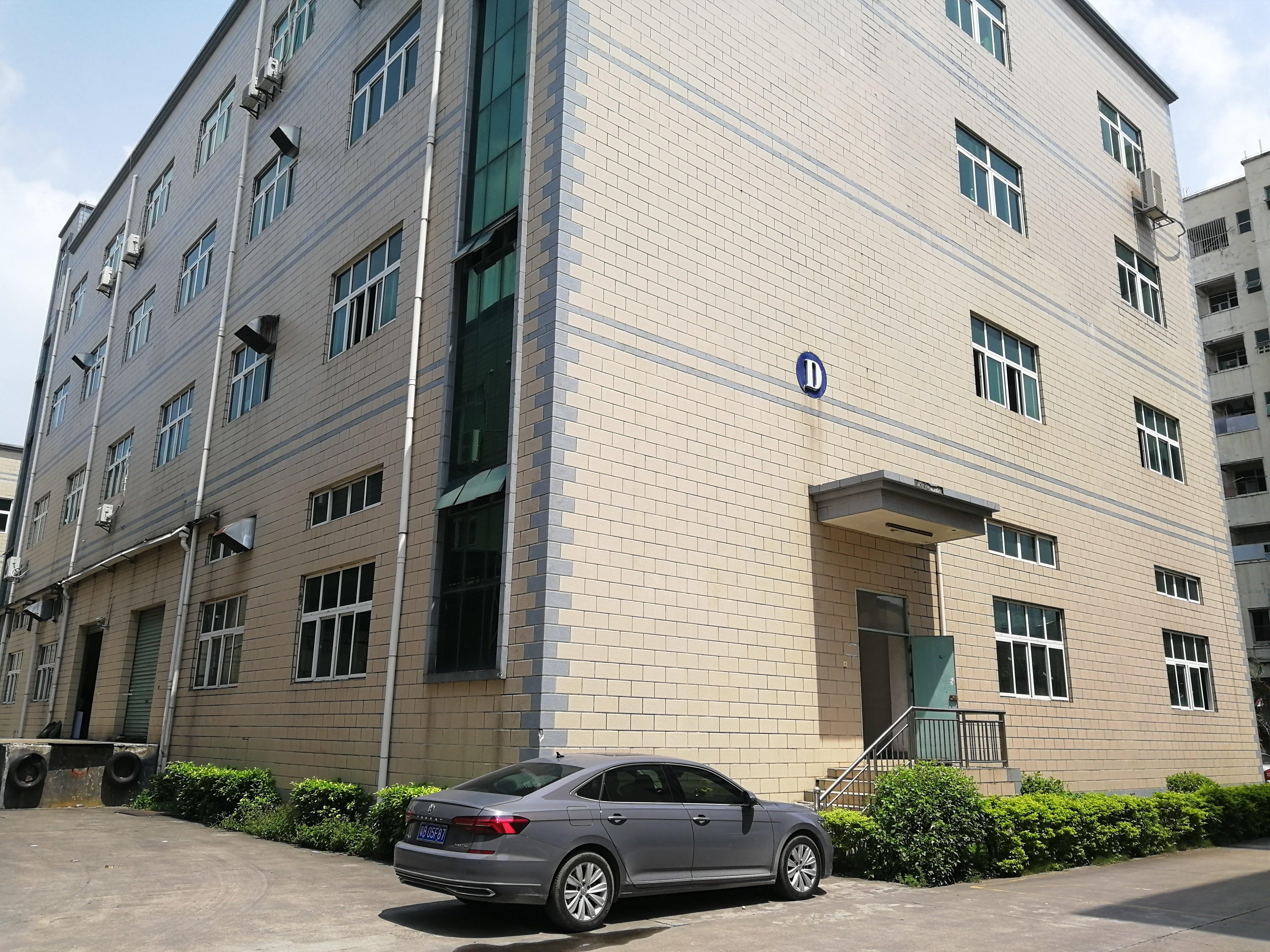 观澜高速路口大型工业园区独栋红本厂房出售