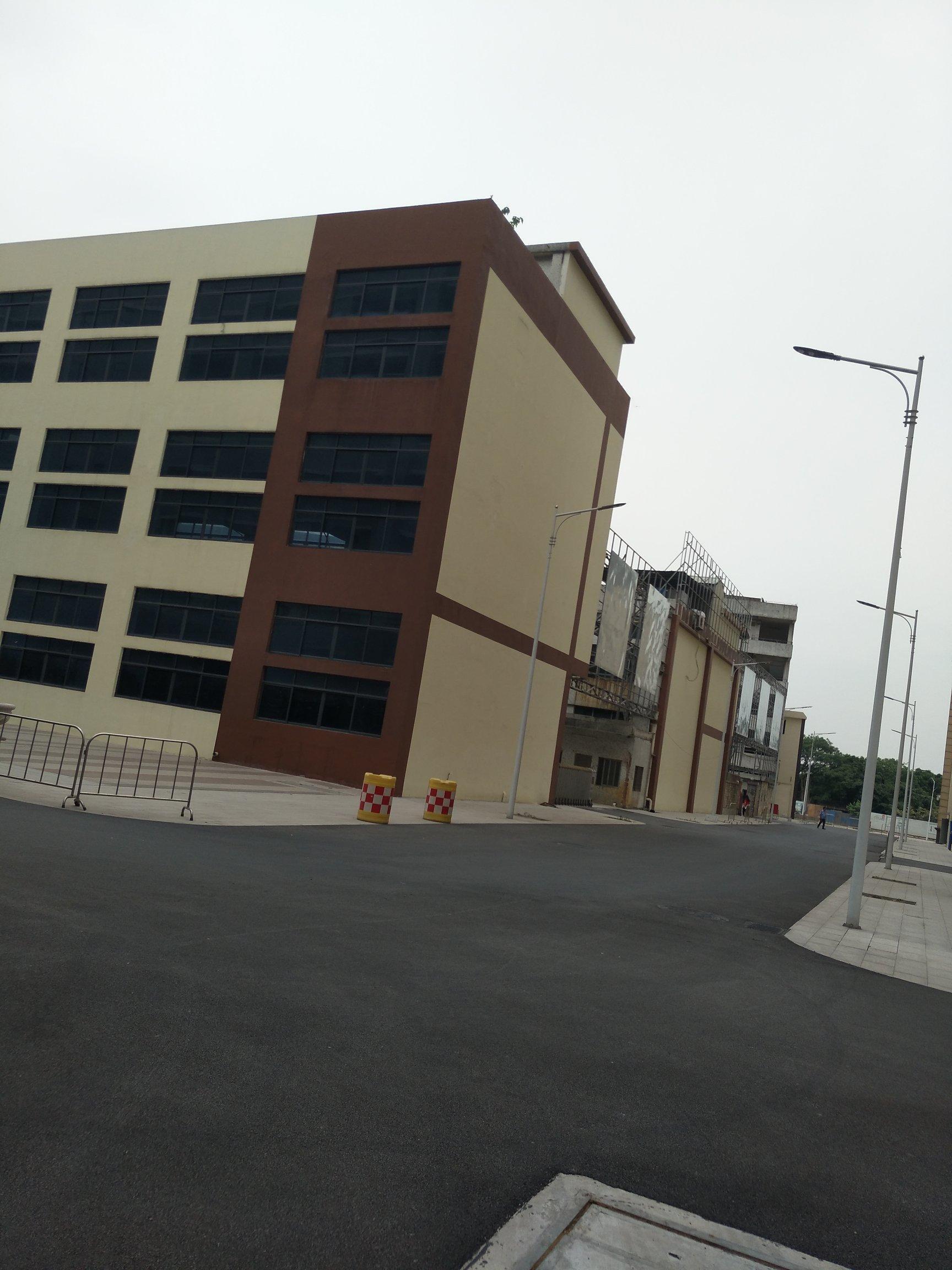 荔湾区东漖街道龙溪社区工业区16800㎡厂房出租