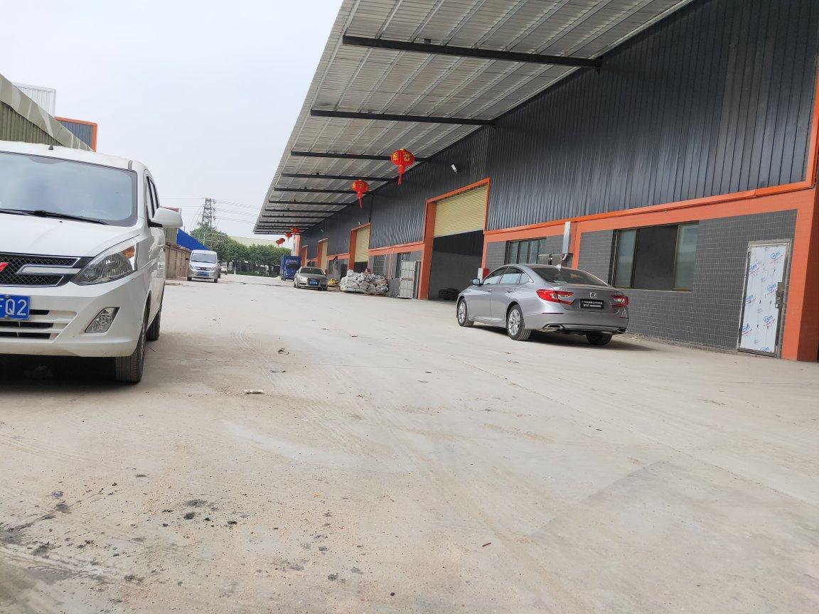 三水白坭工业园8200方长度120米,行业不限制,有办公宿舍