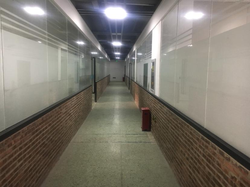 固戍107国道旁工业区小面积厂房出租可生产办公仓库