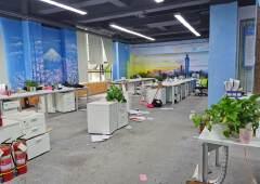 2013文化创意园342平办公室带隔间