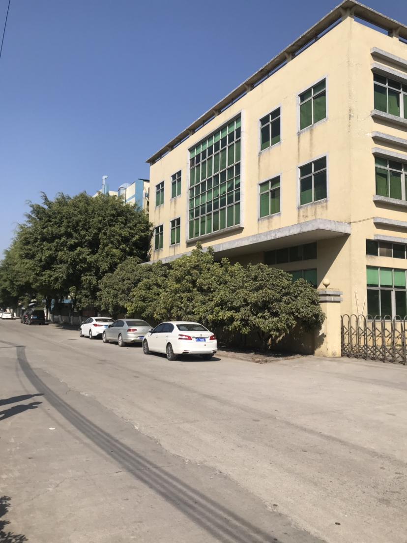 石排镇高速路口附近原房东标准厂房5100平米出租