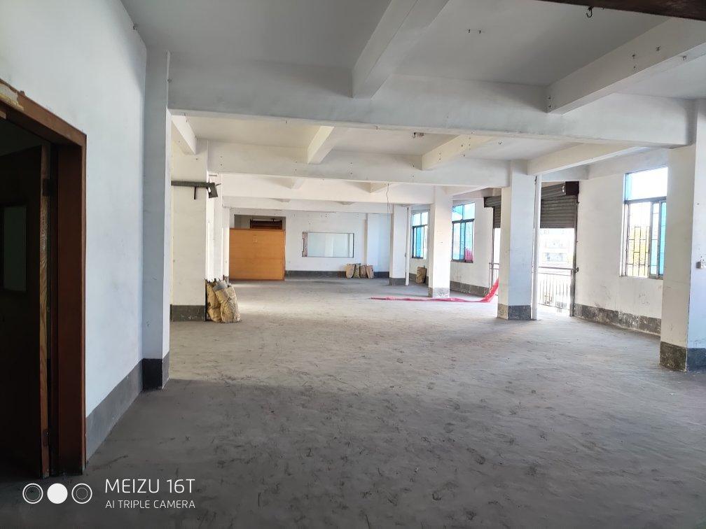 原房东带装修2楼700平