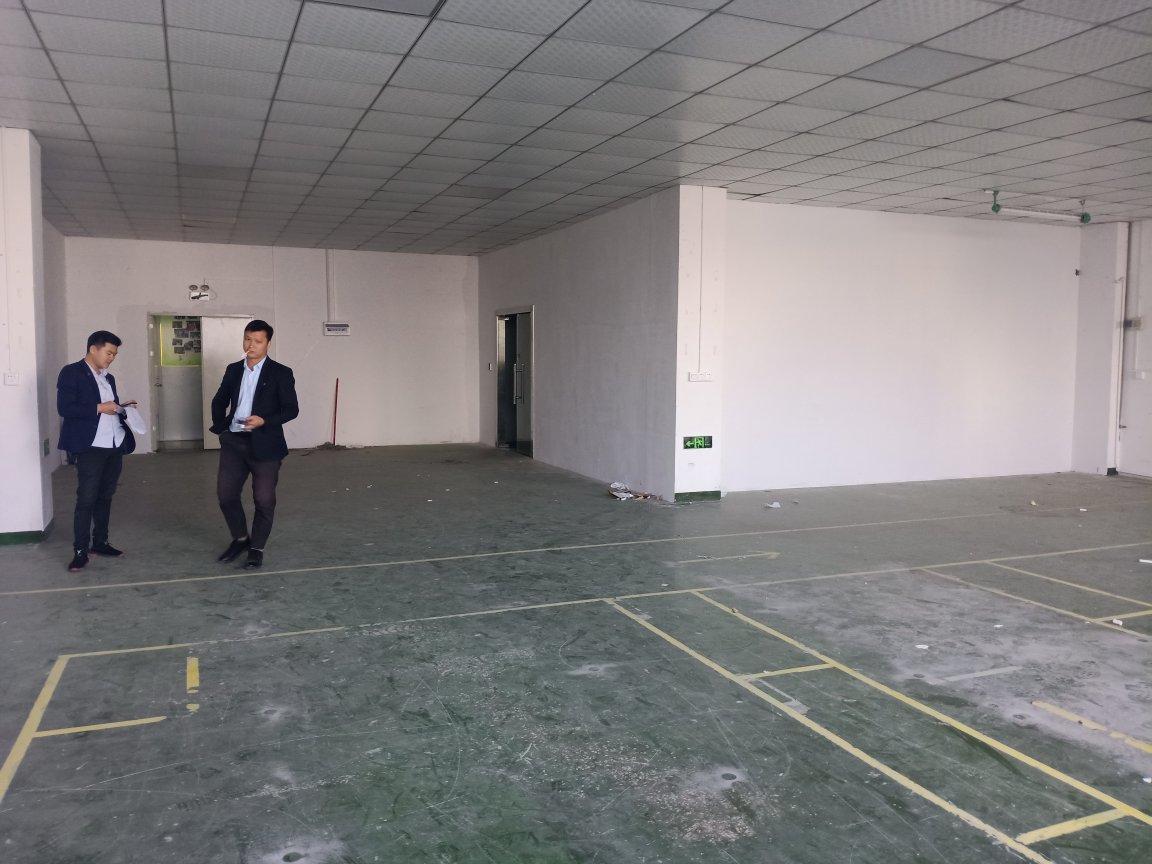 深圳福永凤凰新出360平带精装修厂房